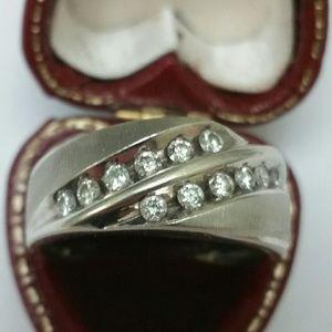 Other - 14k white gold 1.00ct diamonds wedding band ring